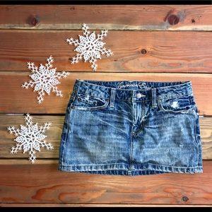 🎄American Eagle Denim mini skirt-EUC🎁